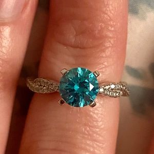 Neon Blue And White Bella Luce Esotica Ring